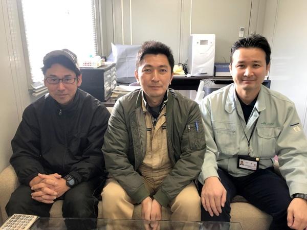 株式会社森ライスにて。左から藤塚純氏、森淳一社長、JAぎふの竹中健氏