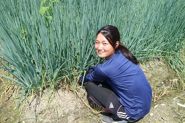 農業実習の様子(写真:日本農業経営大学校)