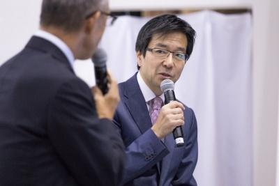 ICTの進展とともに新たな働き方が可能になると語った樋口氏。